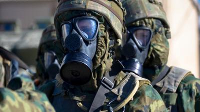 Koronawirus się zbliża. Polska postawiła na nogi szpitale i WOJSKO