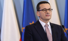 Stan zagrożenia w kraju. Polska zamyka granice i część sklepów
