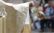 Ksiądz obwieścił: Koronawirus to kara za homoseksualizm i aborcje