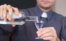 Ksiądz odprawiał mszę pijany