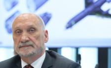 Atak na Lecha Kaczyńskiego. Obwinia go za Smoleńsk