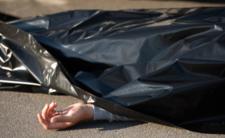 Mężczyzna zmarł pod przychodnią. Reakcja lekarza przeraża