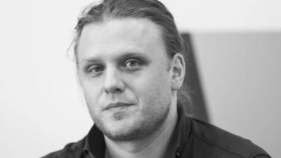 Piotr Woźniak-Starak i jego głos w poruszającym wideo