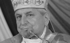 Biskup Edward Janiak miał 69 lat