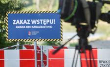 Kupa problemów w Warszawie. Wiadomo, czemu szambo wybiło