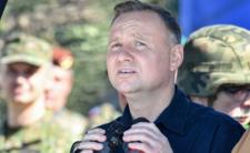 MON wysyła wezwania do wojska - PiS w bojowym nastroju