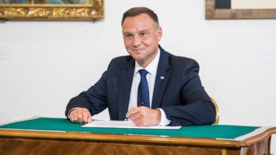 Prezydent Duda ułaskawia Szydło