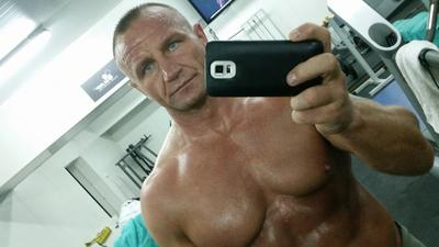 """Pudzianowski o osobach homoseksualnych - moga się """"bzykać na ulicy"""", ale..."""