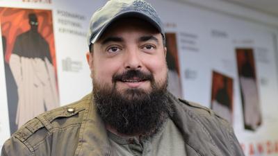"""Tomasz Sekielski i nowy film - będzie ostrzejszy niż """"Tylko nie mów nikomu""""?"""