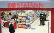 Skandal w Rossmannie. Dzieci oskarżone o kradzież rozbierały się publicznie