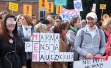 Nauczyciele strajkują już ponad dwa tygodnie
