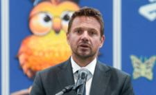 Trzaskowski kontra PKN Orlen. Kłamstwa popłynęły jak ścieki