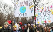 Uczniowie strajkują w 82 krajach na świecie