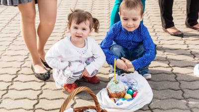 Wielkanoc bez rodziny! Koronawirus uderza w katolików