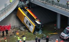 Wypadek autobusu w Warszawie -  nowe informacje o kierowcy