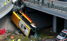 Wypadek autobusu w Warszawie  - kierowca zażył narkotyki?