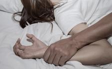 Polak-zwyrodnialec zaatakował w Belgii. Zgwałcił śpiącą kobietę