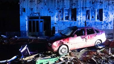 Tornado zrównało miejscowości z ziemią. Powalone domy, płonące auta