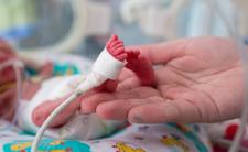 To miała być ochrona przed koronawirusem. 5-miesięczne dziecko nie żyje