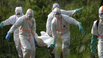 Ebola w Afryce powraca - rośnie liczba ofiar