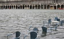 Europa tonie. Wenecja to był dopiero początek, teraz zaczął się dramat