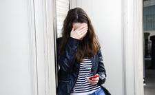 Atrakcyjna 23-latka marzy o eutanazji. Nie akceptuje swojego wyglądu