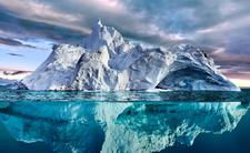 Góra lodowa się zbliża
