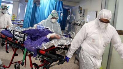 """Pandemia koronawirusa """"mniej"""" zabójcza niż sądzono"""