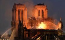 Pożar Notre Dame - czy katedra zawali się przed rozpoczęciem remontu?