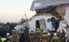 Samolot wbił się w dom tuż po starcie! Na pokładzie było 100 osób
