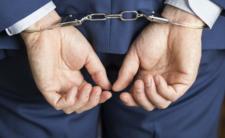 Policja grozi więzieniem za fake newsy