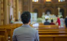 COVID-19 w kościele. Poszli odpędzać koronawirusa, 46 osób zakażonych