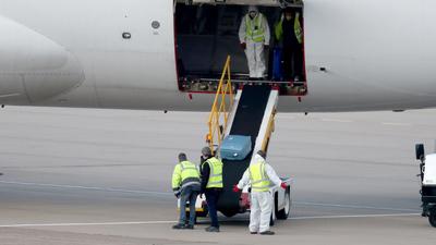 Koronawirus: Lotnisko zostanie przekształcone w kostnicę