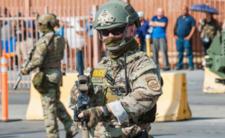 Koronawirus w USA - rośnie sprzedaż broni, Amerykanie szykują się na chaos