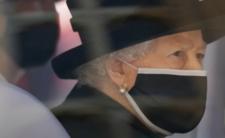 Królowa Elżbieta II przezywa kolejną śmierć na dworze