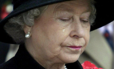 Królowa Elżbieta II w rozpaczy?