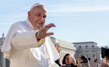 Nowe informacje o stanie zdrowia papieża. Dlaczego był operowany?