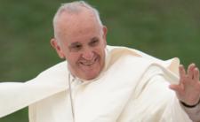 Papież już po operacji. Watykan był gotowy na jego śmierć?