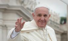 Papież Franciszek łamie kolejną kościelną zasadę