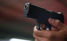 Policjanci przepraszają za postrzelenie złodzieja