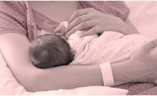 Poród rodem z koszmaru. Brzuch matki zsiniał i cuchnął