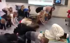 Dzieci w szkole uczyły się modlić do Allaha - religijny skandal w Danii