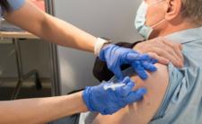 Szczepionka na koronawirusa od Astrazeneca skuteczna i bezpieczna?