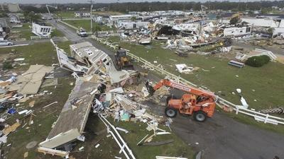 Tornado zmiotło miasto z ziemi. Potworne zniszczenia [ZDJĘCIA]