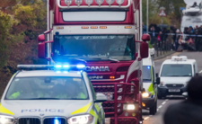 39 osób zmarło w ciężarówce - kierowca przemycał imigrantów?