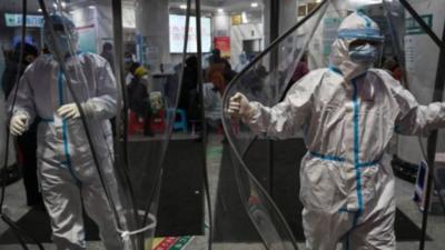 Koronawirus kontra Włochy - liczba ofiar rośnie, a  do tego wybuchła epidemia strachu