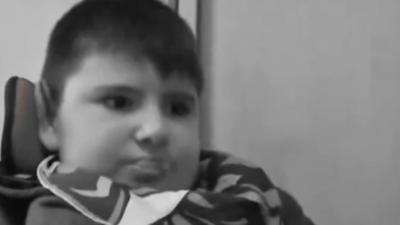Zjadł mrożonego burgera i został skazany na cierpienie - dziecko zmarło w szpitalu