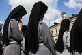 Zakonnice po misjach są... w ciąży. Skandal rozsadza mury klasztorne