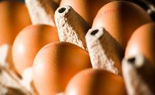 Założył się z kolegą, że zje 50 jajek. Nie żyje